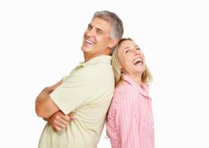 Wie kann meine Ehe harmonischer und glücklicher werden? Das kann man bei einem Bibelkurs mit Zeugen Jehovas aus der Bibel erfahren